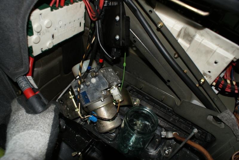 appoint d'huile pour coffre hydraulique Dsc08812