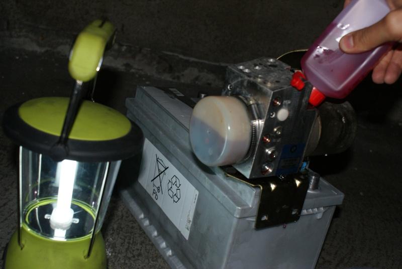 appoint d'huile pour coffre hydraulique Dsc08815
