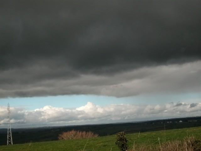 37 - Les nuages..... photos reçues  - Page 3 Nuages10