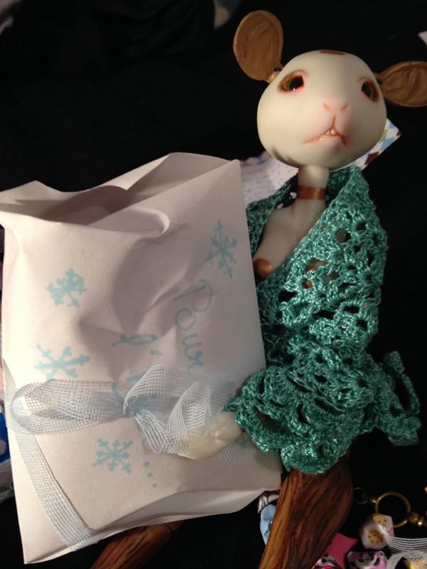 Winter doll swap - photos p.5 à 13 - terminé - Page 6 Cad10