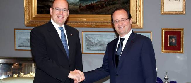 Hollande: la descente aux enfers. - Page 18 Benet_10