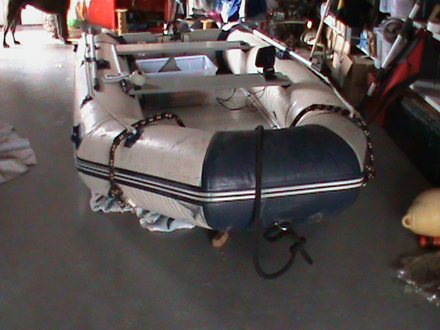 recherche remorque bateau Dsc00510