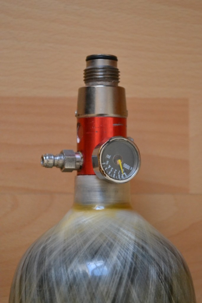 Bouteille 1L1 kevlar Luxfer Dsc_2515