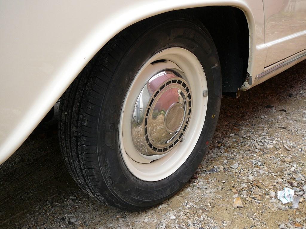 Simca P60 de 1961 P1070522