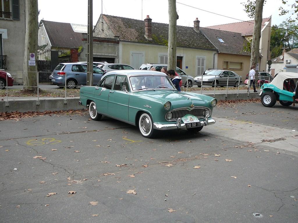 Simca P60 de 1961 P1070529