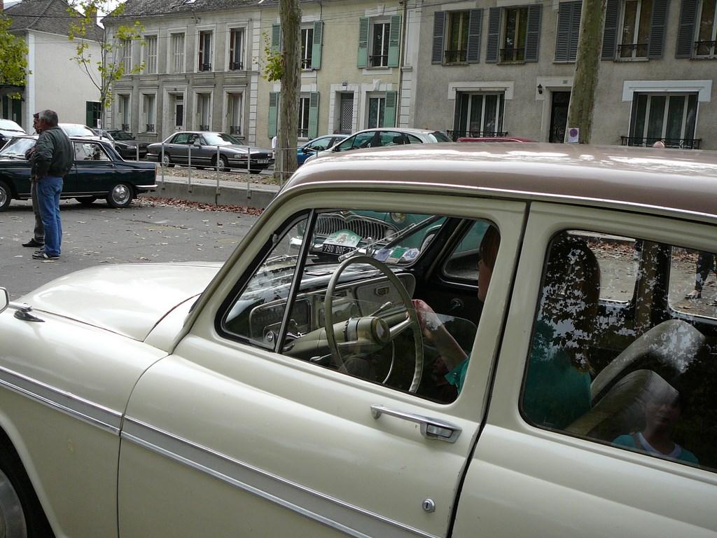Simca P60 de 1961 P1070532
