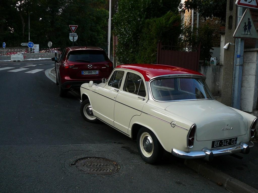 Simca P60 de 1961 P1070633