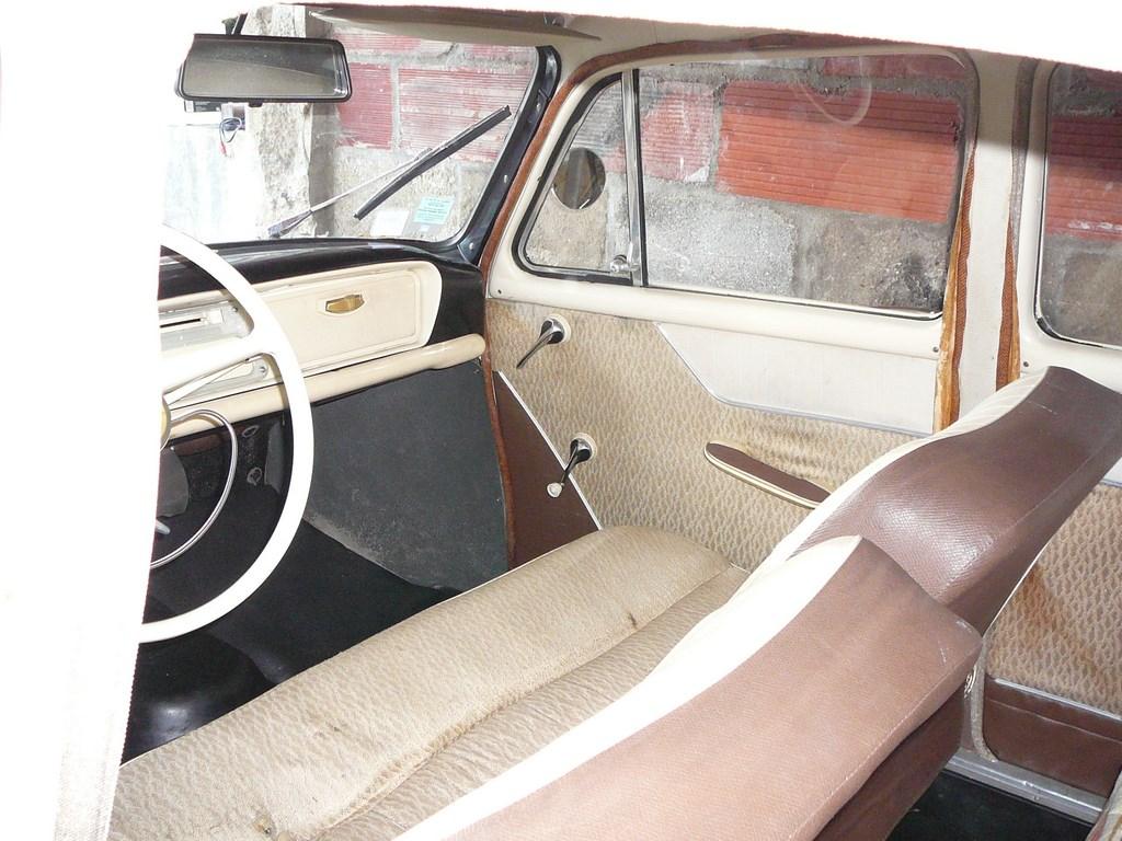 Simca P60 de 1961 P1070635