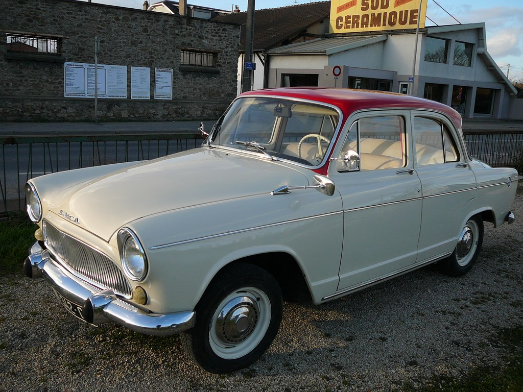 Simca P60 de 1961 - Page 3 P1080030
