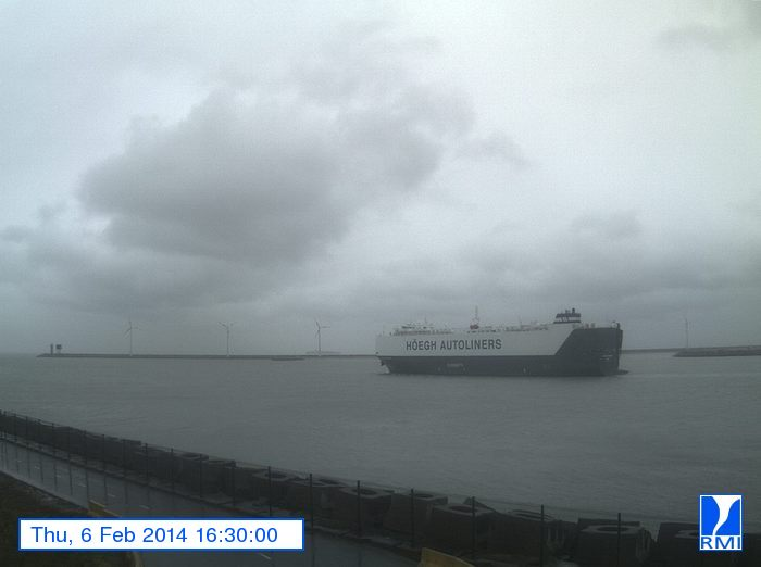 Photos en direct du port de Zeebrugge (webcam) - Page 61 Image11