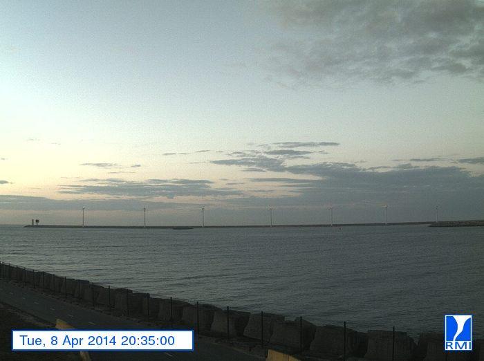 Photos en direct du port de Zeebrugge (webcam) - Page 62 Image13