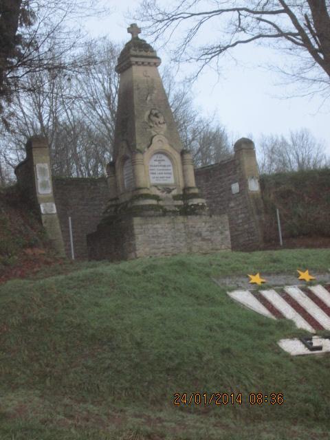 monument perdu Photo100