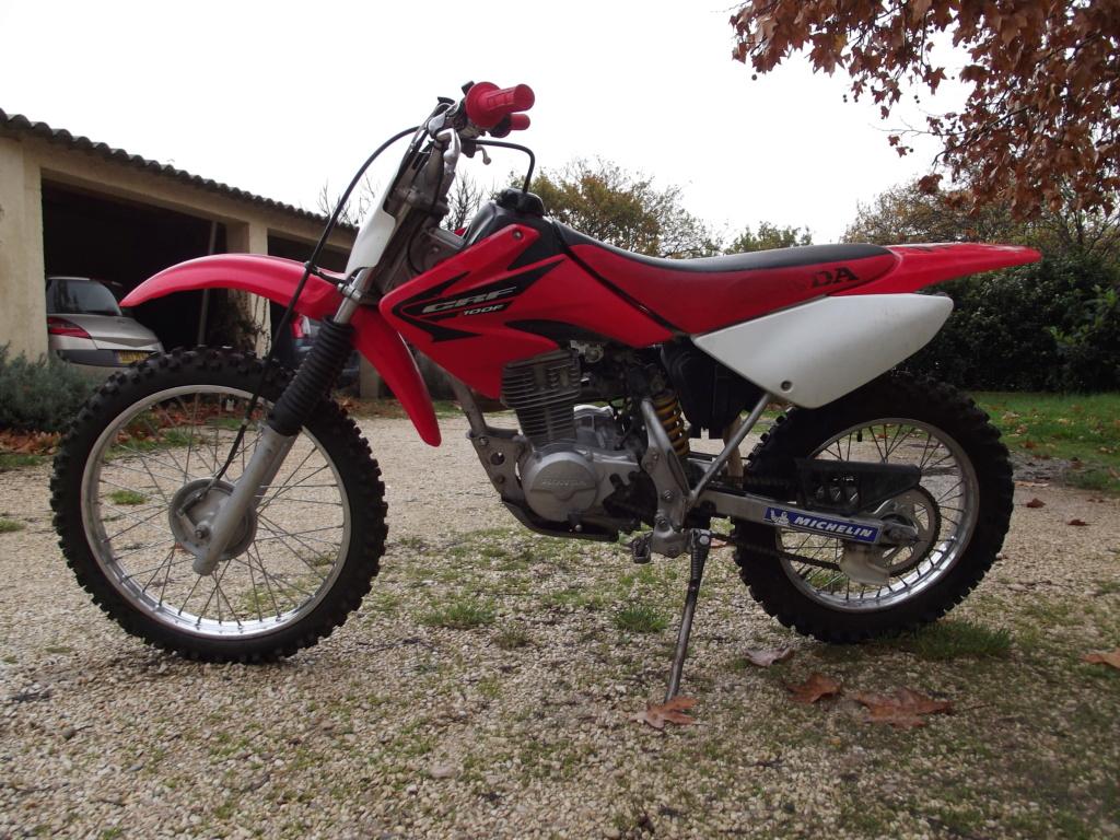 [Recherche] Moto enfants 8/12 ans (Honda XR/CRF 100 ou autre) Dscf1411