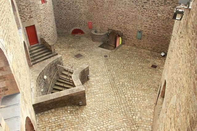 PATRIMOINE: MONUMENTS D'HIER ET D'AUJOURD'HUI Img_2111