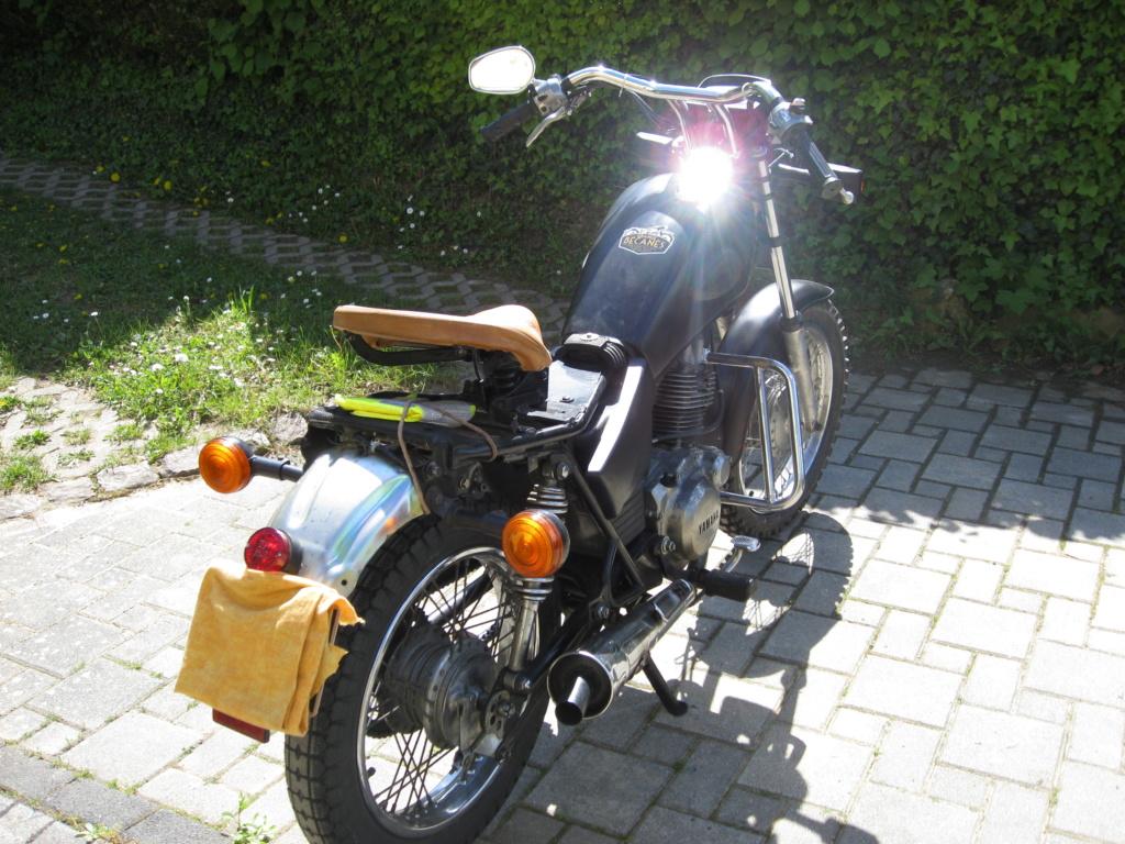 Yamaha SR 125  Sr125_11