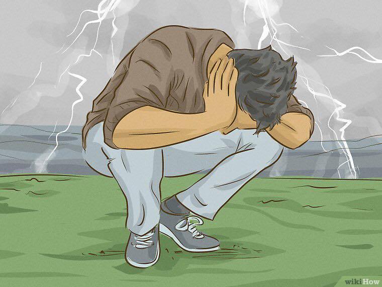 Attitude et Protection face à la foudre / orage. 78832610