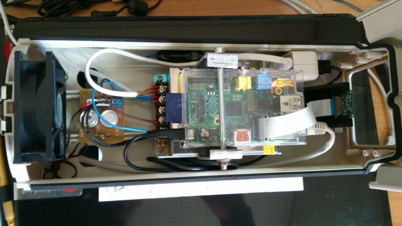 Ecco!!!una Webcam con il RaspberryPi e Camera Board Dsc_0214