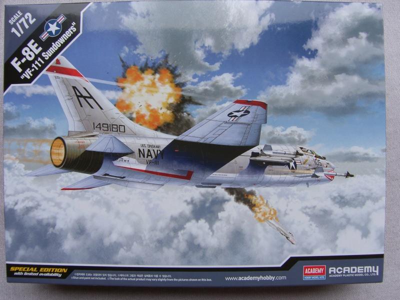 Academy - 1/72 - F8E Crusader Sh103415