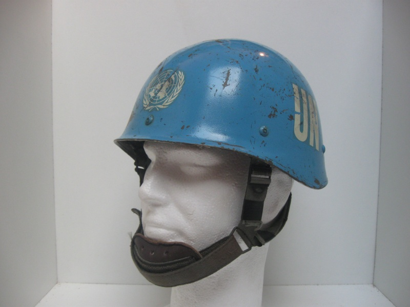 My UN French Helmets 110_511