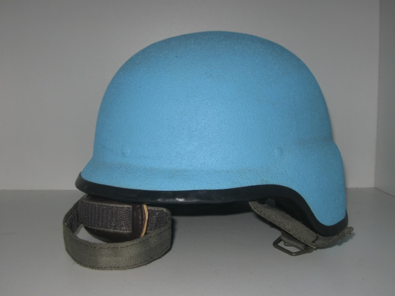 My UN French Helmets 185_211