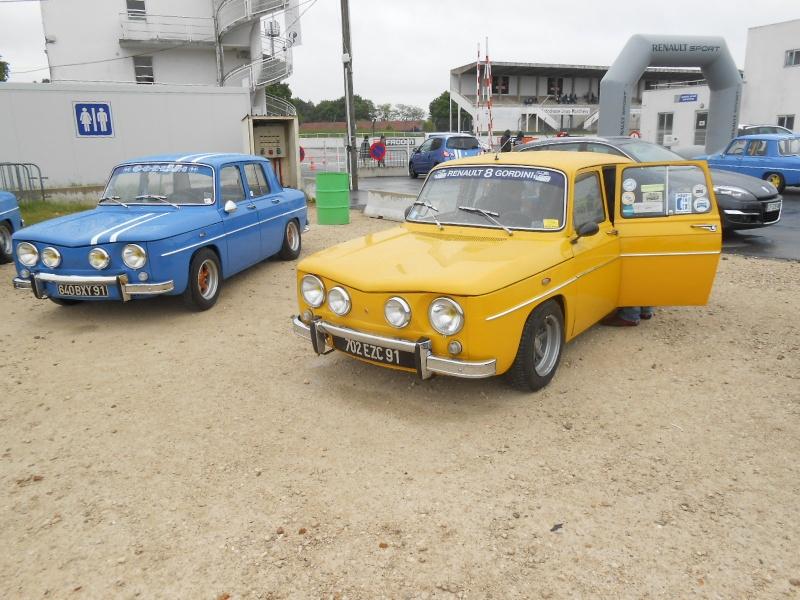 3 eme losange passion international et 30 ans de la Renault 25 - Page 2 00614