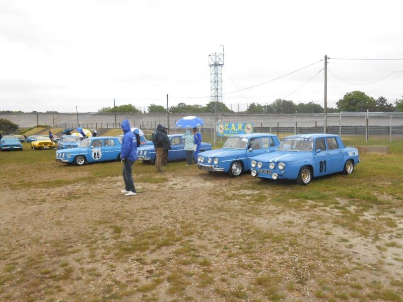 3 eme losange passion international et 30 ans de la Renault 25 - Page 2 00715