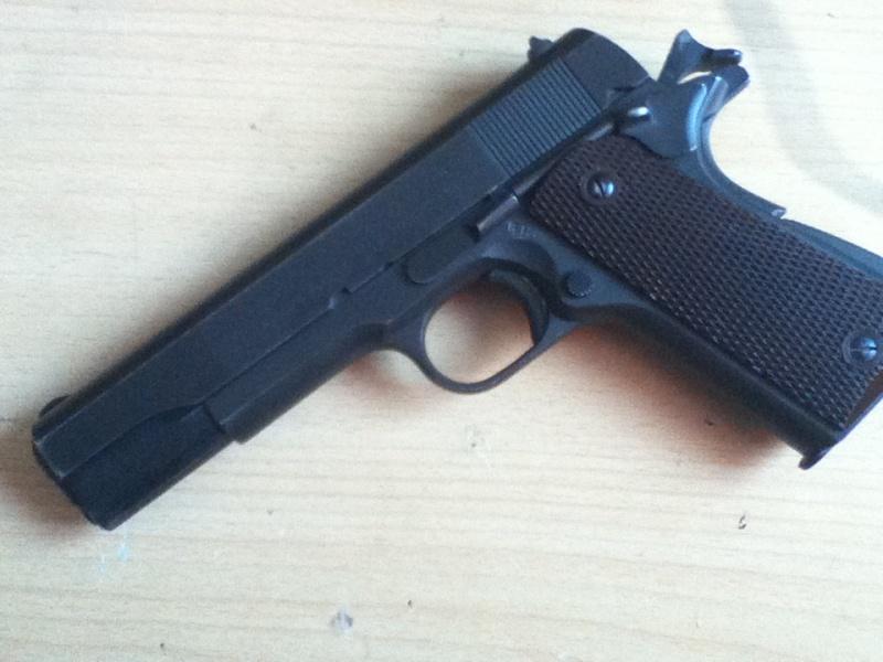 Colt .45 , modèle 1911 et 1911A1 Img_0010