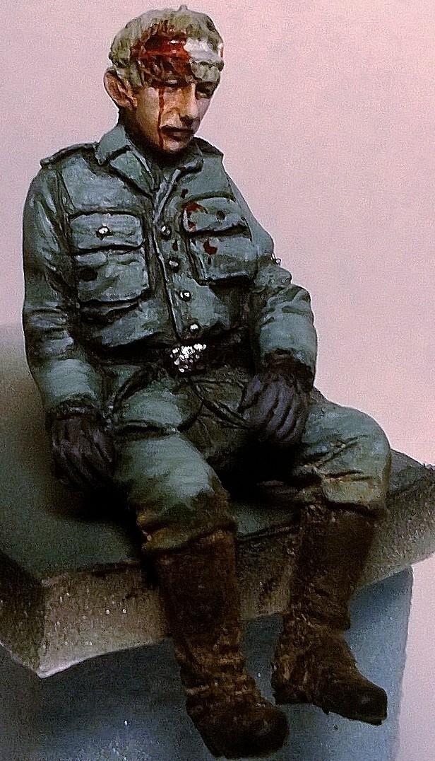 figurines diverses 1/35, whermacht, waffen SS, civil............  Wp_20133