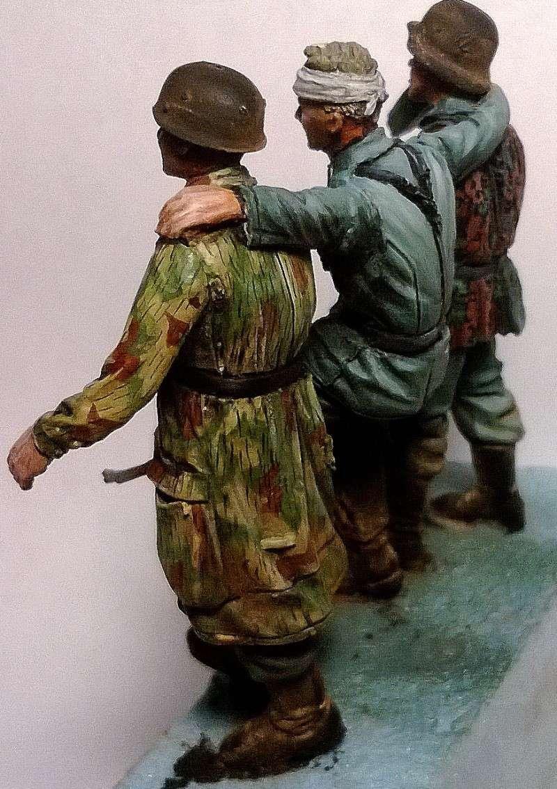 figurines diverses 1/35, whermacht, waffen SS, civil............  Wp_20136