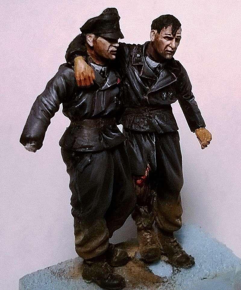 figurines diverses 1/35, whermacht, waffen SS, civil............  Wp_20140