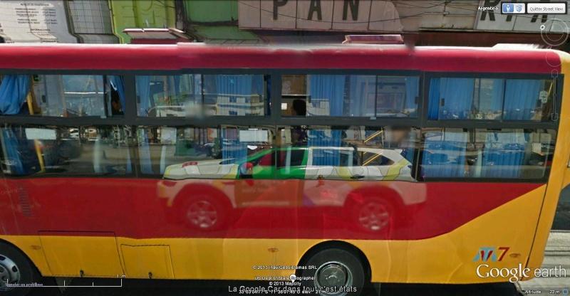 STREET VIEW : Les Google Cars en action - Page 2 Google10