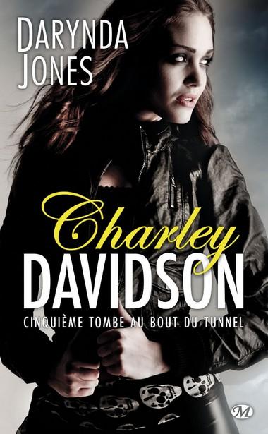 Charley Davidson - Tome 5 : Cinquième tombe au bout du tunnel de Darynda Jones 71rgow10
