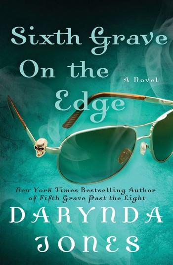 Charley Davidson - Tome 6 : Au bord de la sixième tombe de Darynda Jones Sith_g10
