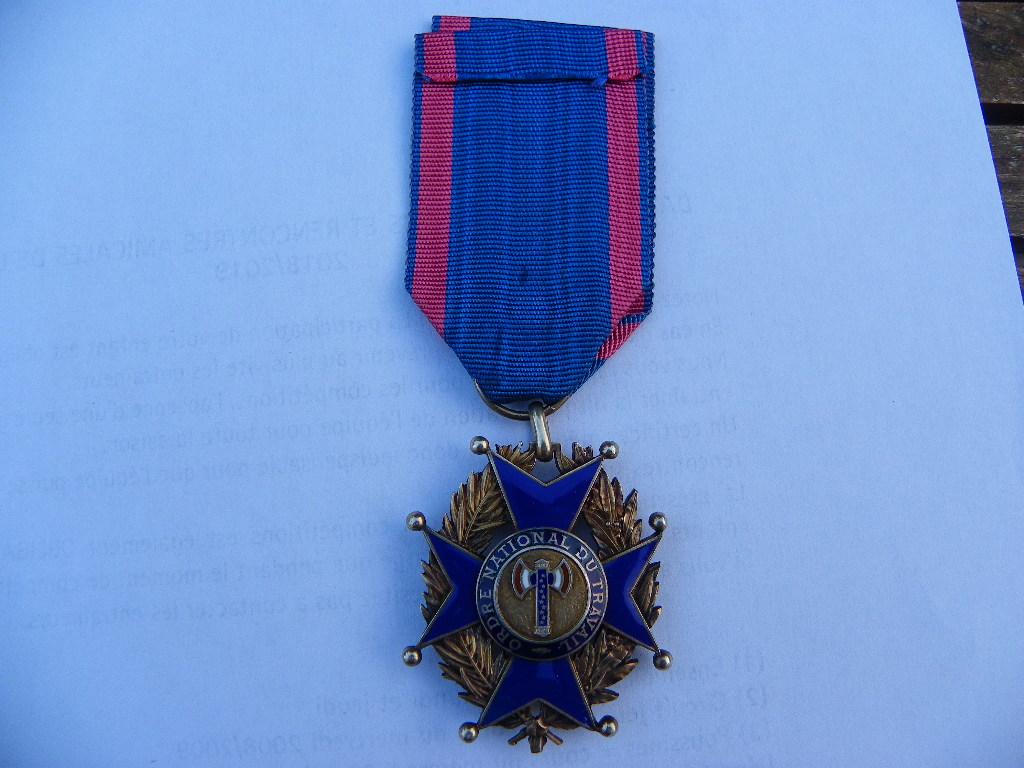 ordre national du travail de vichy Imgp0082