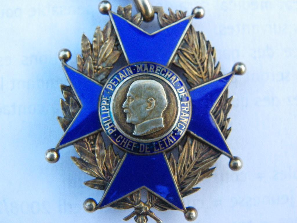 ordre national du travail de vichy Imgp0083