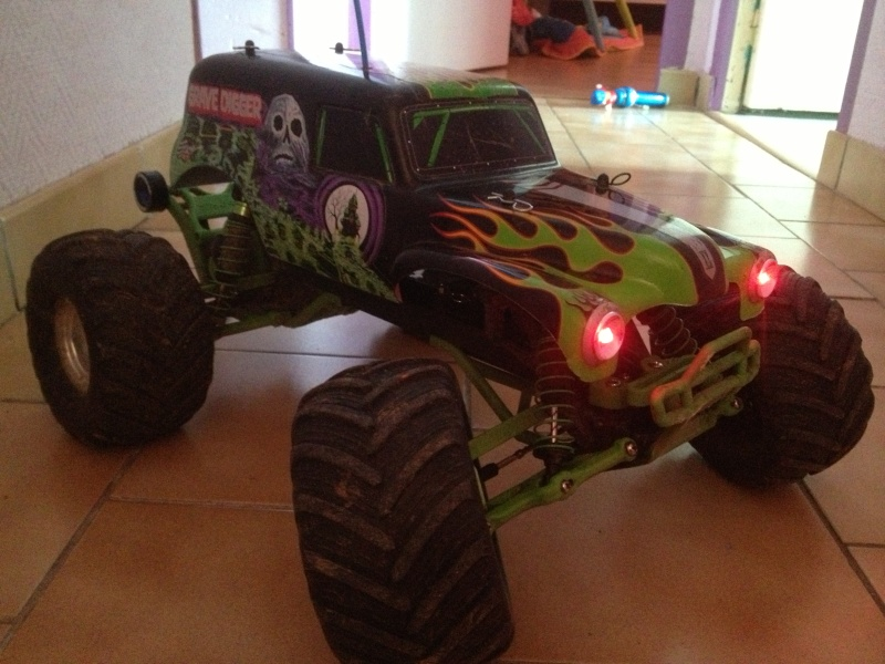 Mon ex FG Monster Beetle & mes autres ex rc non short course Img_4458