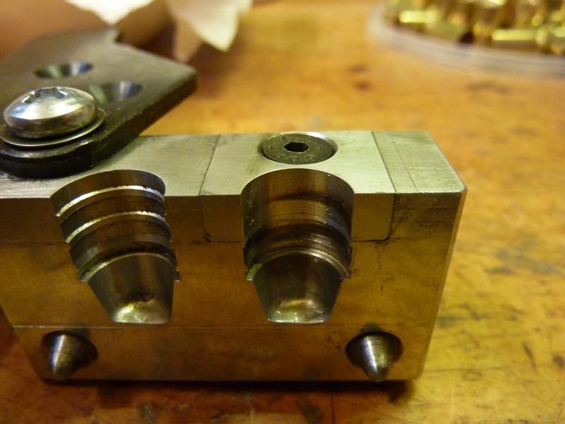 Revolver WF 1878 à la maison. Rechargement de la 1878 10.4mm P1040813