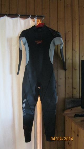 Combinaison natation à vendre Img_3011