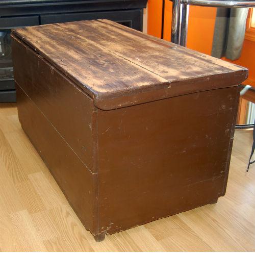 VENDU - coffre antique ¤ 1_01010