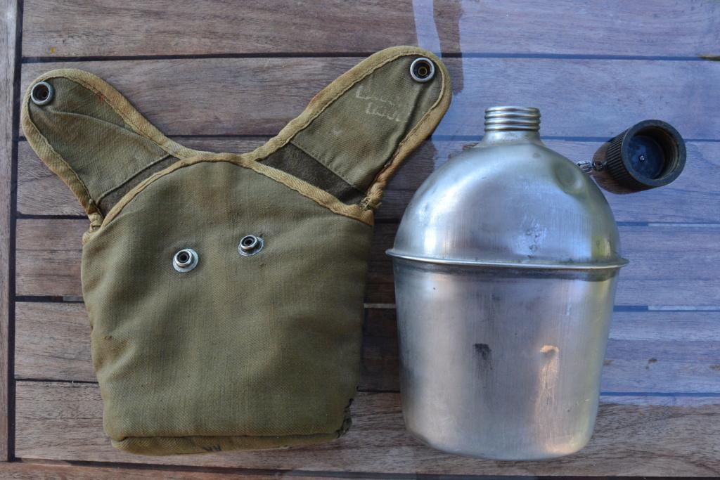 Ensemble après-guerre INDO/ALGERIE d'un même homme: vestes, pantalon, équipement cuir, gourde, rangers, chapeau de brousse, musette. AJOUT PHOTOS + BAISSE DE PRIX TERMINE-ALPINS-SEPT1 Dsc_2113
