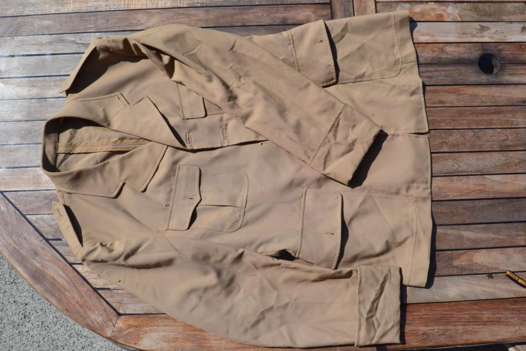 Ensemble après-guerre INDO/ALGERIE d'un même homme: vestes, pantalon, équipement cuir, gourde, rangers, chapeau de brousse, musette. AJOUT PHOTOS + BAISSE DE PRIX TERMINE-ALPINS-SEPT1 Dsc_2116