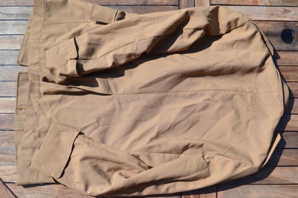 Ensemble après-guerre INDO/ALGERIE d'un même homme: vestes, pantalon, équipement cuir, gourde, rangers, chapeau de brousse, musette. AJOUT PHOTOS + BAISSE DE PRIX TERMINE-ALPINS-SEPT1 Dsc_2117