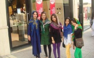 Questions aux femmes qui portent le voile 12339710