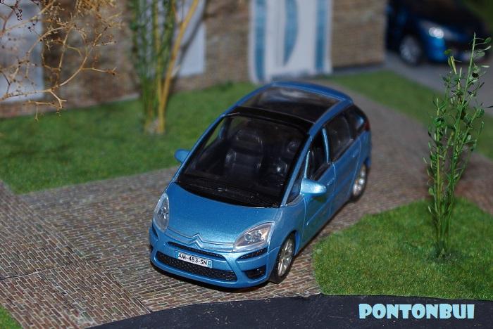 03 - Citroën ( Les Modernes Post-1990 )  C4_pic13