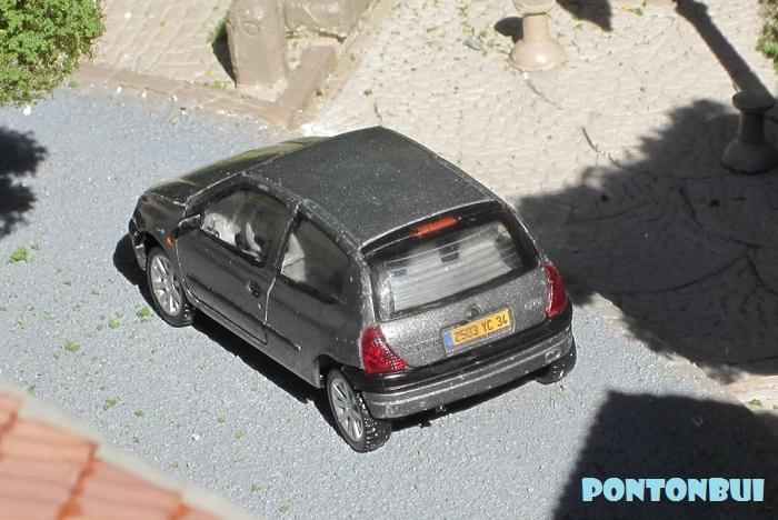 * 01 - Renault ( Les modernes post-1990 )  Clio_213