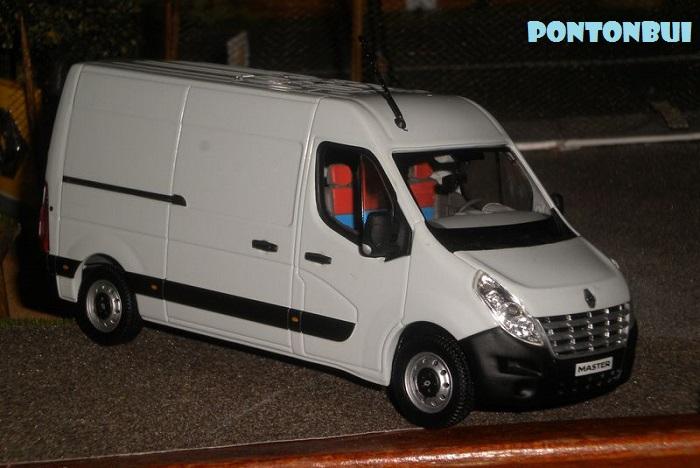 * 01 - Renault ( Les modernes post-1990 )  Dscn7010