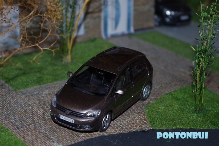 * 04 - Volkswagen ¤ Golf_p10