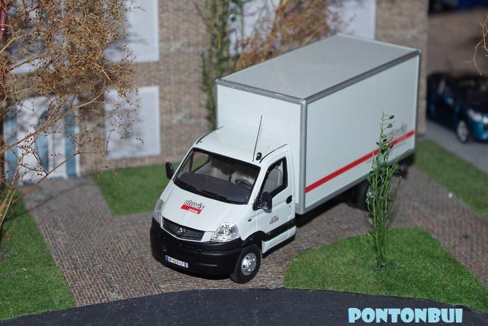 * 01 - Renault ( Les modernes post-1990 )  Mascot10