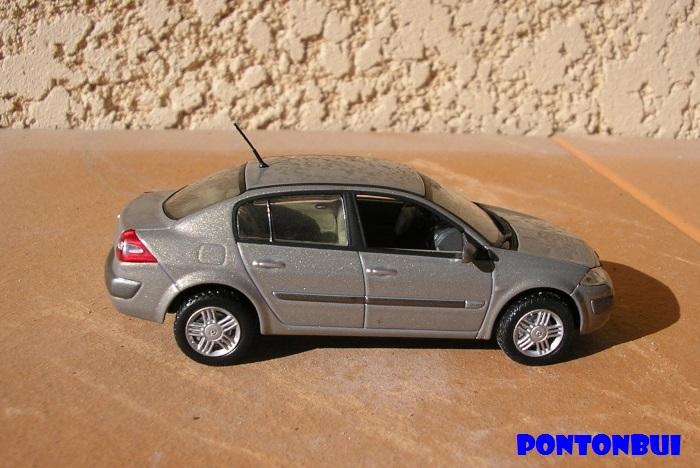 * 01 - Renault ( Les modernes post-1990 )  Meg4p110