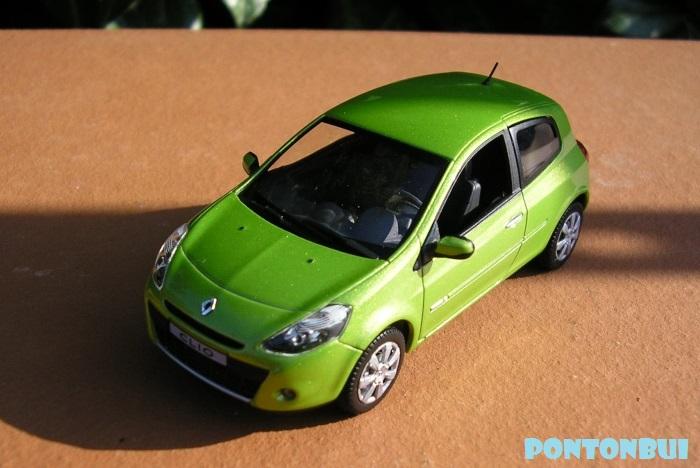 * 01 - Renault ( Les modernes post-1990 )  Megane19